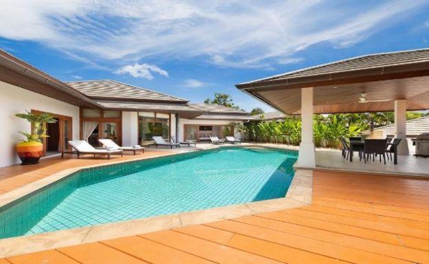 Modern 3 Bed Tropical Sea View Villa in Choeng Mon