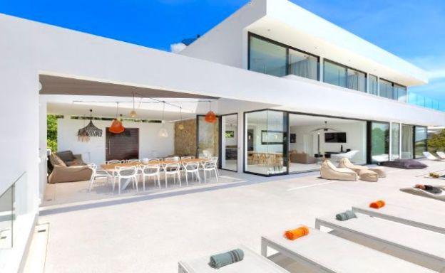 Contemporary 5 Bedroom Sea View Villa in Choeng Mon