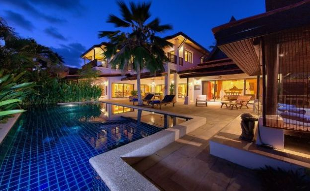 Modern Beachside 3 Bed Sea View Villa in Hua Thanon