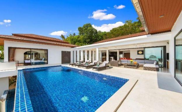 Elegant 4 Bedroom Sea View Luxury Villa in Lamai