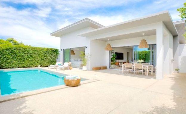 Charming 3 Bedroom Modern Pool Villa in Bangrak