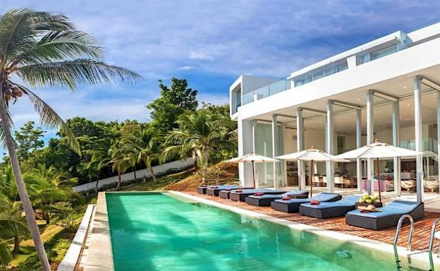 Exquisite 4 Bed Luxury Beachfront Villa in Taling Ngam