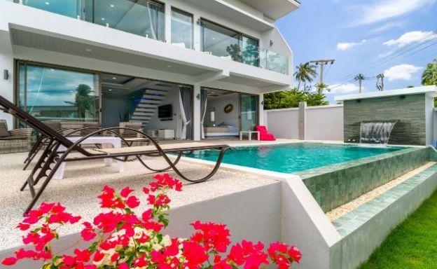 Charming 3 Bed Modern Sea View Villa in Plai Laem