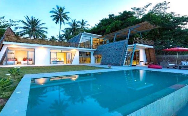 Beachfront 3 Bedroom Modern Pool Villa in Surat Thani