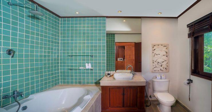 Luxury 5 Bedroom Beachside Pool Villa in Hua Thanon-18