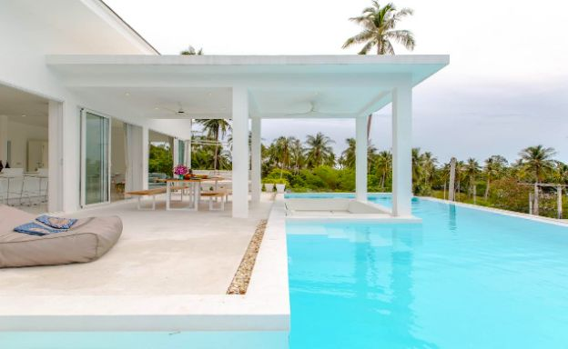 Chic 3 Bedroom Luxury Sea View Villa in Chaweng Noi