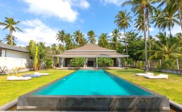 Modern 4 Bed Beachfront Pool Villa in Thong Krut