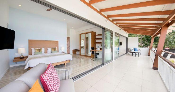 Stunning 4 Bedroom Beachfront Retreat in Laem Sor-18