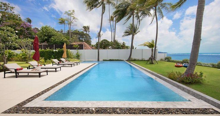 Stunning 4 Bedroom Beachfront Retreat in Laem Sor-2