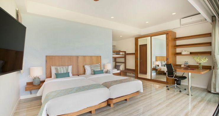 Stunning 4 Bedroom Beachfront Retreat in Laem Sor-7