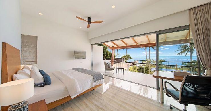 Stunning 4 Bedroom Beachfront Retreat in Laem Sor-6