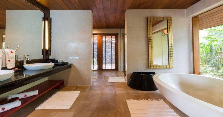 Magnificent 6 Bedroom Beachfront Villa in Laem Sor-14
