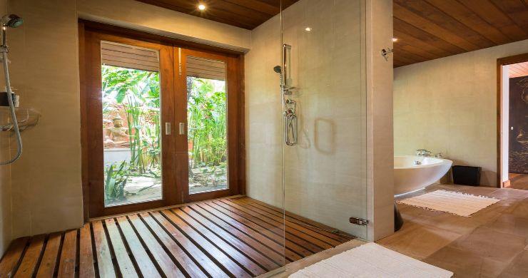 Magnificent 6 Bedroom Beachfront Villa in Laem Sor-15