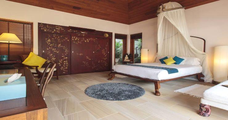 Magnificent 6 Bedroom Beachfront Villa in Laem Sor-11