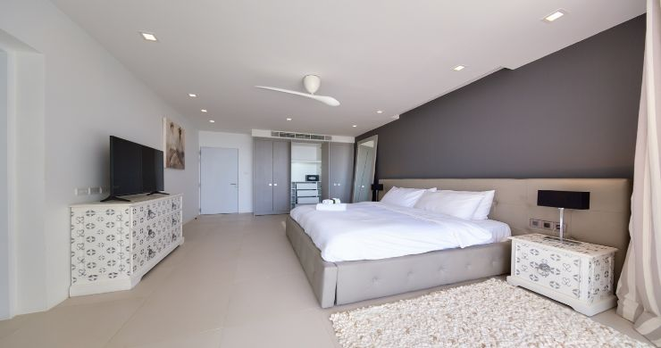 Sleek Designer 4 Bed Sea View Villa in Big Buddha-10