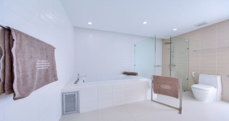 Sleek Designer 4 Bed Sea View Villa in Big Buddha-15