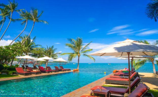 Tropical 18 Bedroom Beachfront Resort in Bangrak