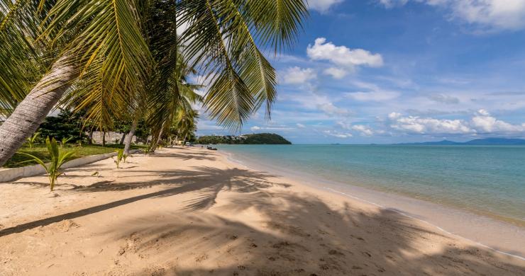 Beachside 4 Bed Tropical Garden Villa in Bangrak-26