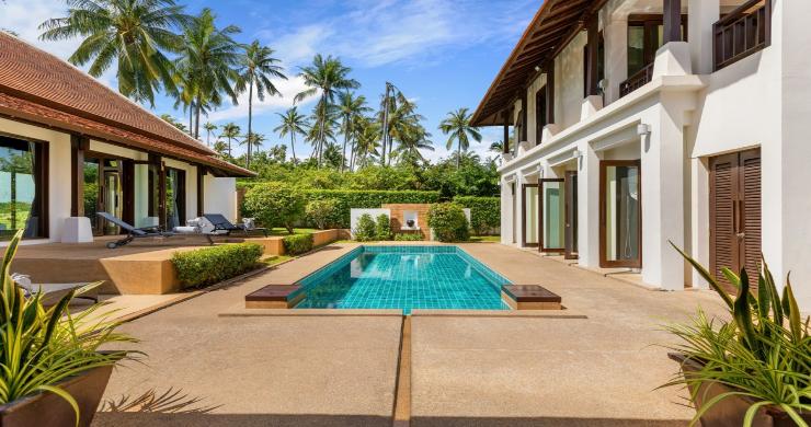 Beachside 4 Bed Tropical Garden Villa in Bangrak-18
