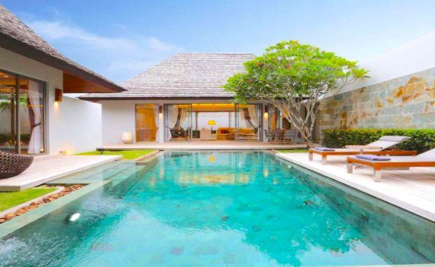 Tropical 3 Bedroom Balinese Pool Villa in Layan