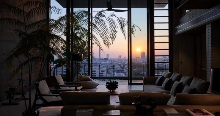 Luxury 4 Bedroom Loft Residence in Bangkok-15
