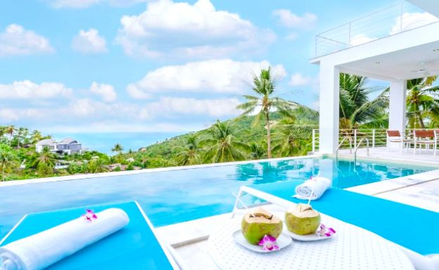 Ultra-Modern 3 Bed Sea-view Villa in Chaweng Noi
