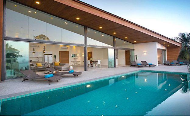 Sleek Modern 4 Bed Luxury Seaview Villa in Maenam