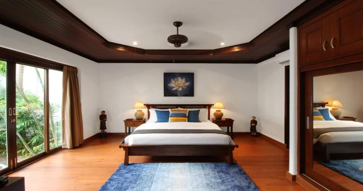 Charming 3 Bed Tropical Beachfront Villa in Laem Yai-14