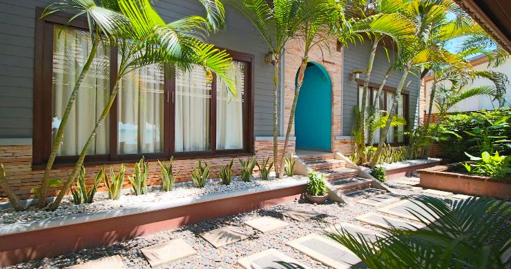 Charming 3 Bed Tropical Beachfront Villa in Laem Yai-15
