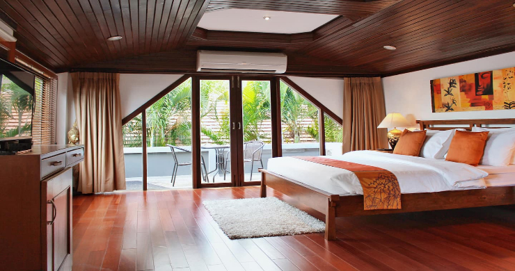 Charming 3 Bed Tropical Beachfront Villa in Laem Yai-6