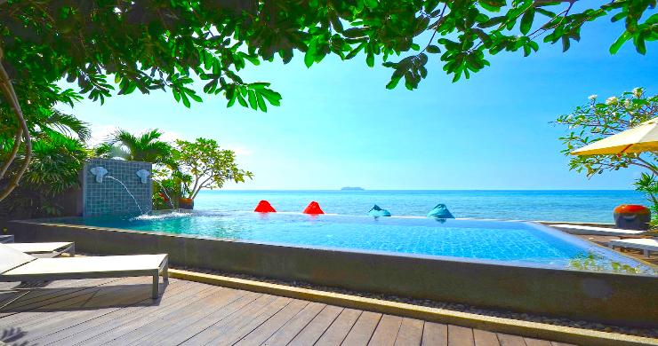 Charming 3 Bed Tropical Beachfront Villa in Laem Yai-8