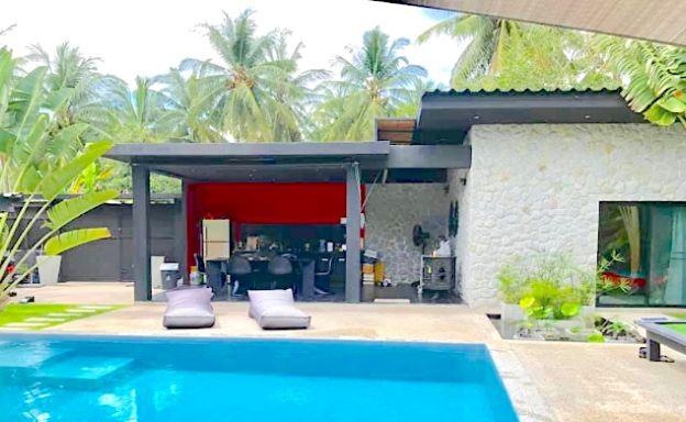 Tropical 3 Bedroom Pool Villa for Sale in Maenam