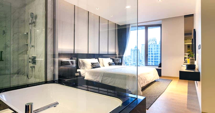 Luxury 3 Bed Penthouse with City Views in Bangkok-13