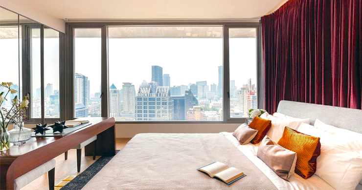 Luxury 3 Bed Penthouse with City Views in Bangkok-9