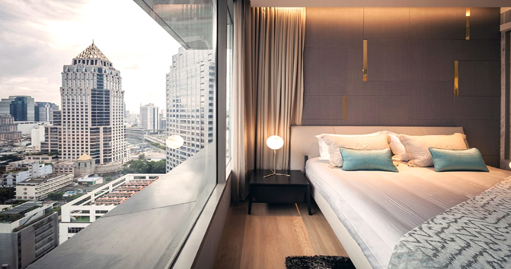 Luxury 3 Bed Penthouse with City Views in Bangkok-10