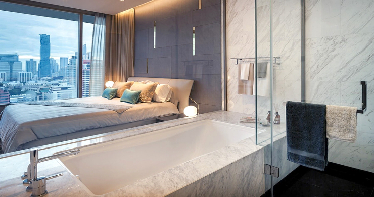 Luxury 3 Bed Penthouse with City Views in Bangkok-14