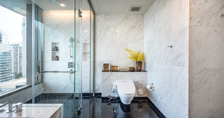 Luxury 3 Bed Penthouse with City Views in Bangkok-5