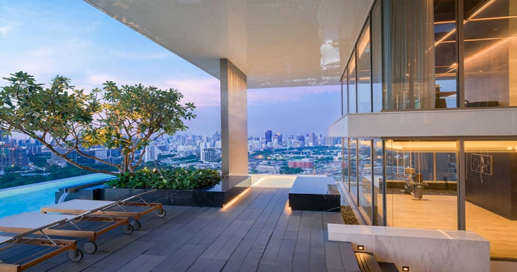 Luxury 3 Bed Penthouse with City Views in Bangkok-11