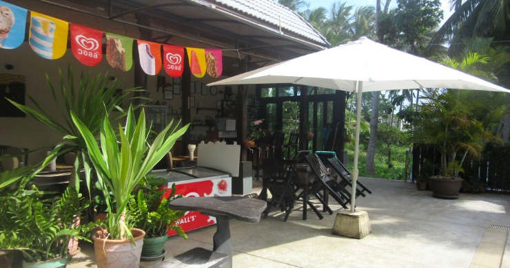 Charming Resort Close to Beautiful Maenam Beach-9