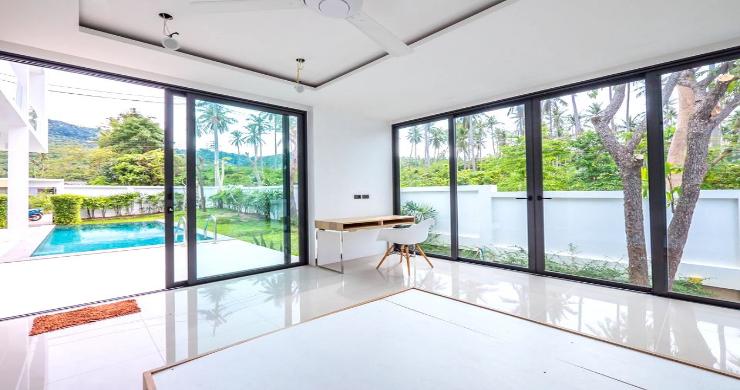 New Modern 4 Bed Pool Villa in Peaceful Maenam-10