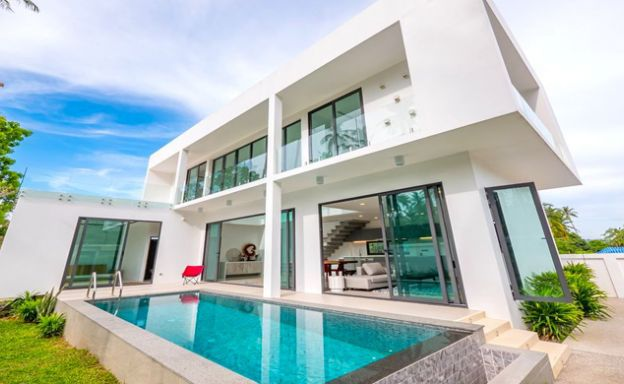 New Modern 4 Bed Pool Villa in Peaceful Maenam