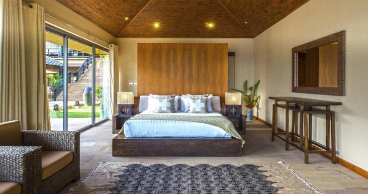 Elegant 5 Bedroom Beachfront Villa in Thong Krut-14