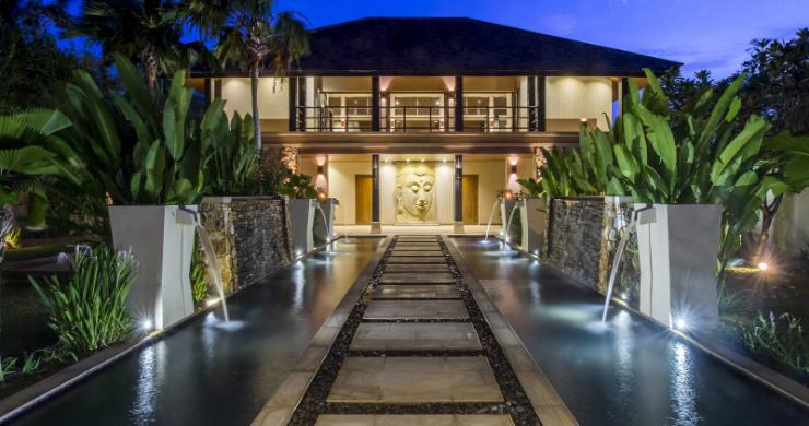 Elegant 5 Bedroom Beachfront Villa in Thong Krut-24