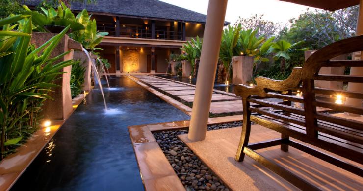 Elegant 5 Bedroom Beachfront Villa in Thong Krut-17
