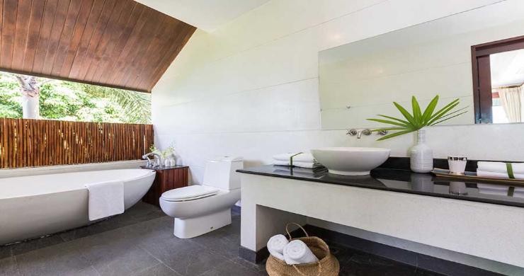 Expansive 6 Bedroom Sea View Villa in Maenam-13