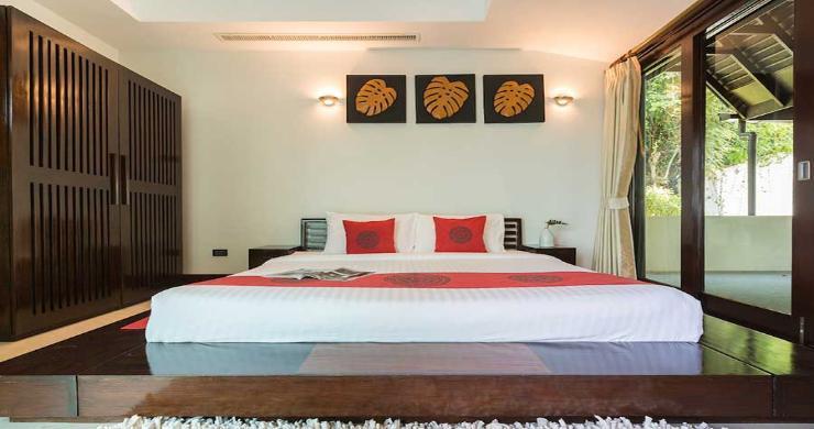 Expansive 6 Bedroom Sea View Villa in Maenam-16