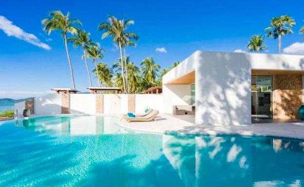 Sleek Modern 3 Bed Beachfront Villa for Sale in Lipa Noi