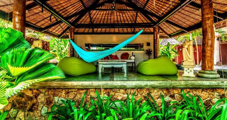 Stunning 3 Bed Bali Style Garden Villa in Bophut-9