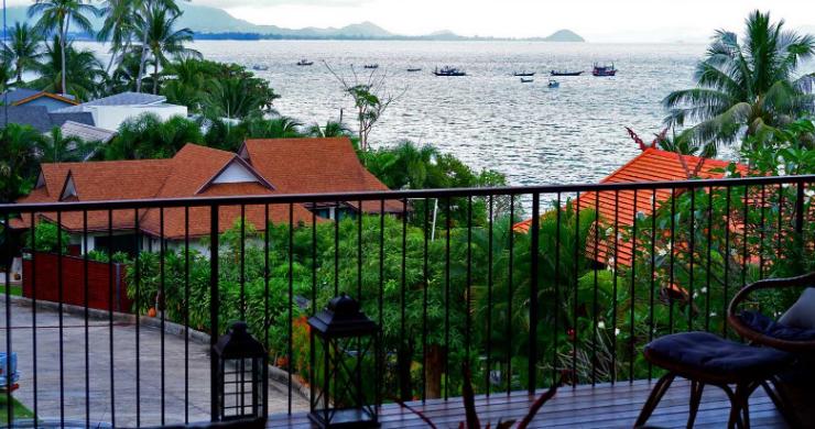Beachfront 3 Bedroom Sea View Villa on Laem Yai Bay-13