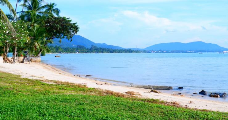 Beachfront 3 Bedroom Sea View Villa on Laem Yai Bay-20